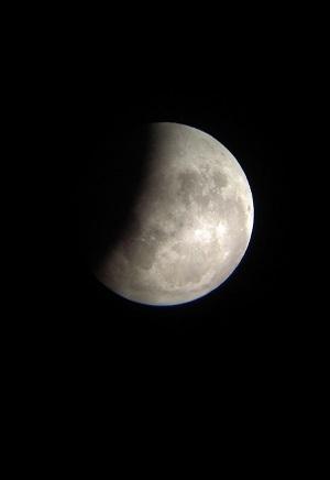 20141008 皆既月食(21時14分)ブログ用.jpg